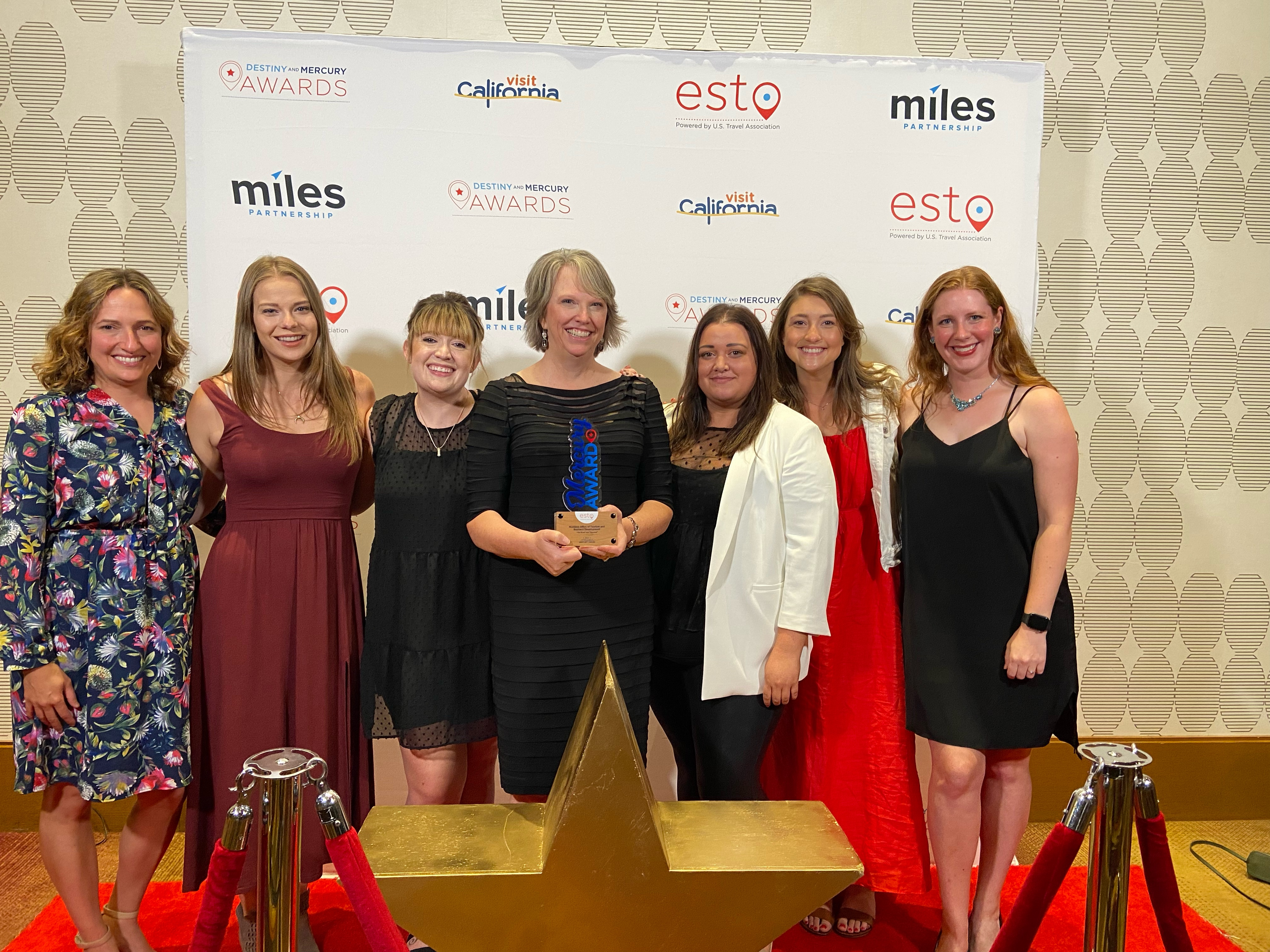 A group of Hoffman York and Montana employees with the ESTO award.